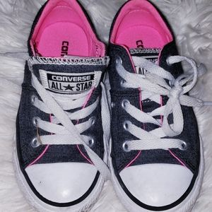 Converse girls 11 shoes